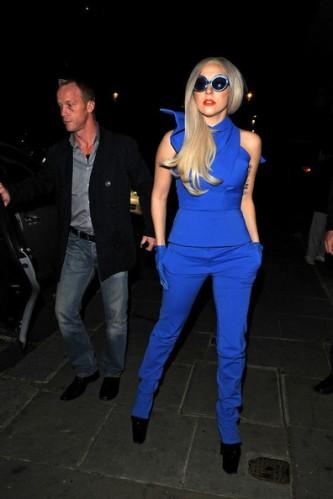 Lady+Gaga+Lady+Gaga+in+Blue+2+RaErKU-i4Q4l
