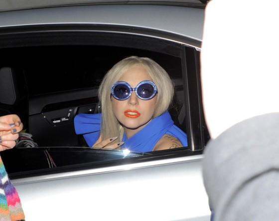 Lady+Gaga+Lady+Gaga+in+Blue+3+DnNPCg1Sw45l