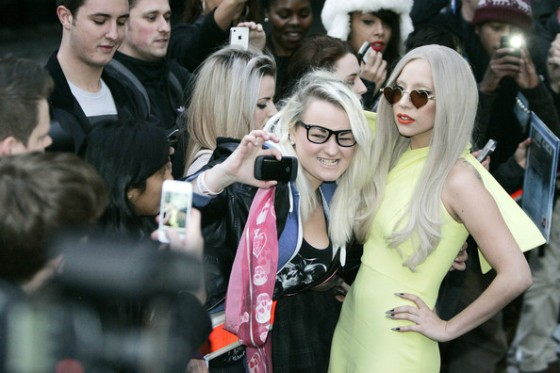 Lady+Gaga+Lady+Gaga+in+Yellow+ymaq18AfSbfl