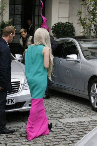 Lady+Gaga+Lady+Gaga+wearing+hat+reminiscent+DFiVOl3rIOdl